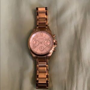 Rose gold fossil women's watch
